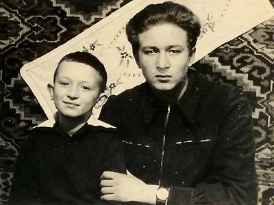 Два брата. Лёня и Алик. Пос Сенокосный