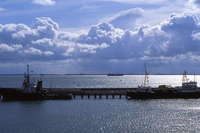 Samedi 09/04/1994.  Vue sur le port de Vlissingen à partir du ferry-boat.