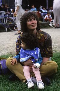 Lundi 23/05/1994.  Dans le parc Malou.