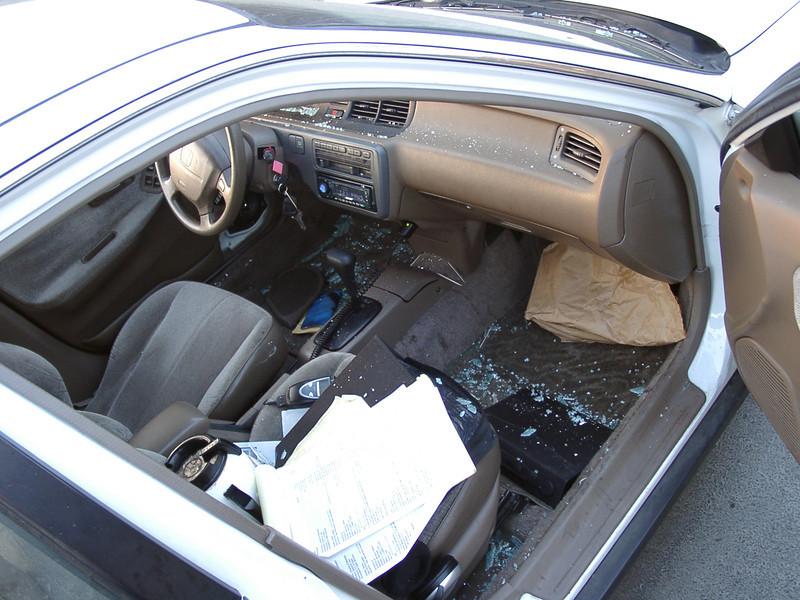 020904 Honda Hit By Truck