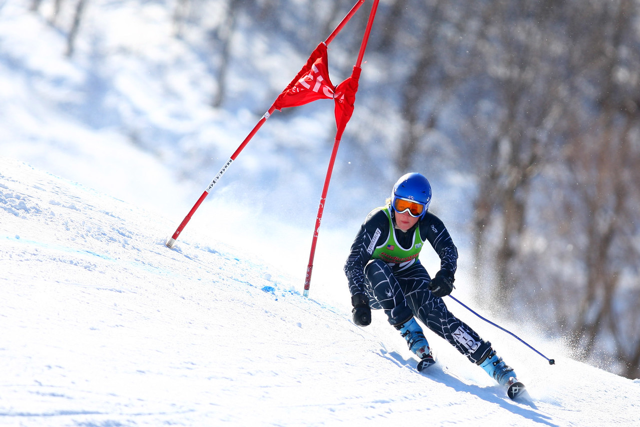 Photo Credit: Lincoln Benedict / EISA<br /> <br /> Middlebury's own Leah McLaughry takes victory at her home carnival's Giant Slalom event on Saturday.