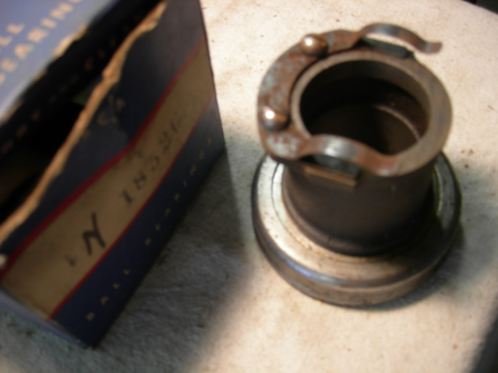 1949 – 54 Nash transmission throwout bearing new USA made (TT 995H)