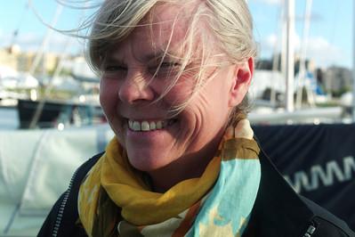 Françoise nous laisse et retourne en voiture nous rejoindre au vieux port de La Rochelle, où nous amènerons le bateau.