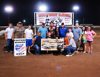 #17m Robert Baker SUPR Late Model Feature Winner