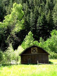 a barn along the road