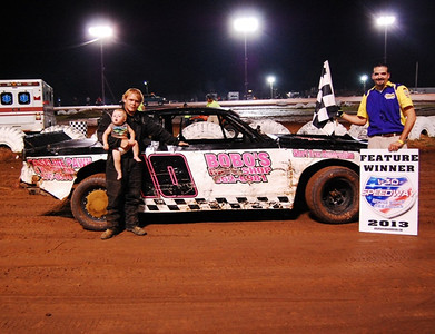#10 Brad Calhoun Super Stock Feature Winner