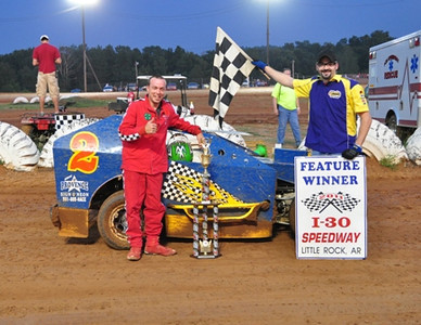 #2 Al Bradshaw Mod-Lite Feature Win ran on 9-3-2011 Due to rain out.