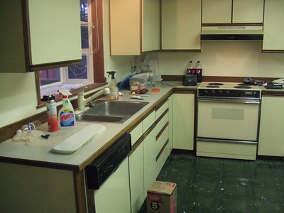 Look at that kitchen!  Nice floors