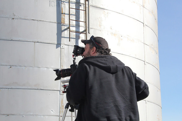 1-7-2012 Strange Media Photo clips