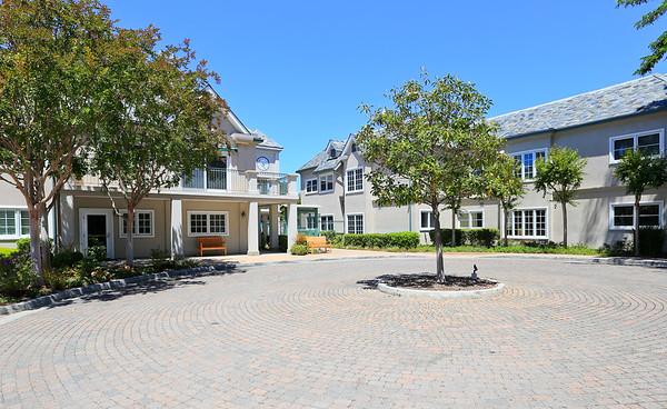 1 W Edith Ave, Los Altos CA 94022 | Carolyn Rianda