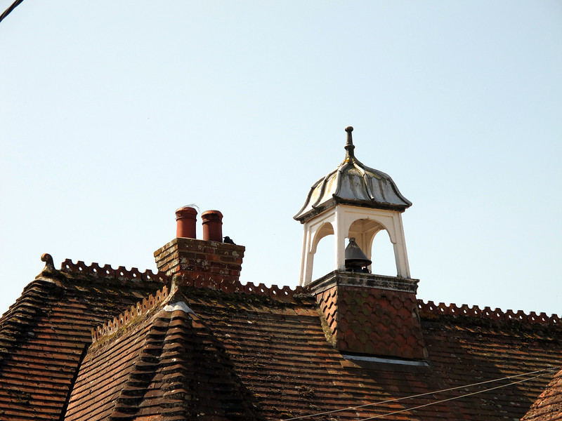 An interesting roof and, perhaps, a bell tower in Stourpaine.