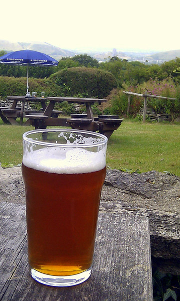 ..... a delicious pint of Jurassic Bitter by Dorset Brewery, Weymouth at The Scott Arms to finish.