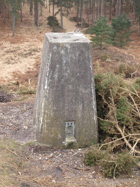 """The Ordnance Survey Trig Point at Woolsbarrow Hill Fort.<br /> <br /> Have you ever wondered what the numbers on the plate at the base (called the Flush Bracket) mean?<br /> Go here  <a href=""""http://goo.gl/TQwgx"""">http://goo.gl/TQwgx</a>  to find out.   The one in this picture is """"S6076"""""""