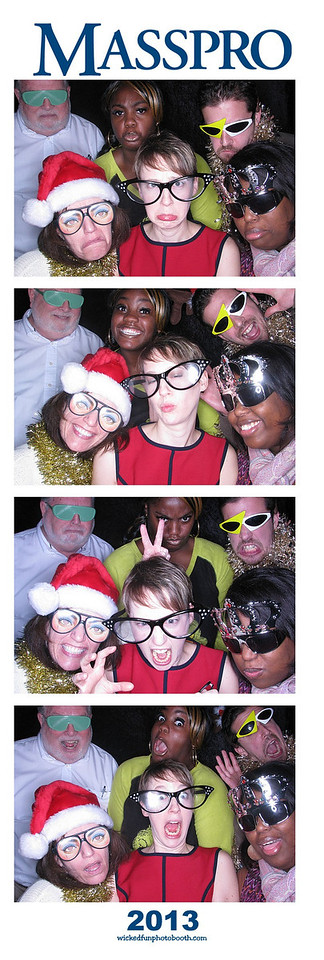12-13-Masspro-Photo Booth