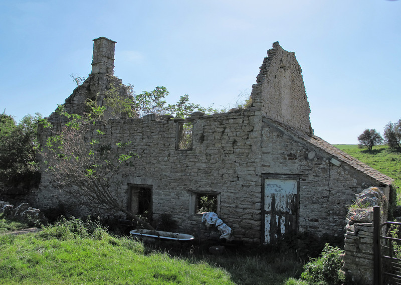 A derelict farm cottage in Hell Bottom.
