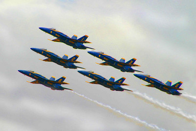 """ЖЕЛЕЗНЫЕ ПТИЦЫ.Знаменитое эскадрилье ВВС США """"Голубые Ангелы"""".  2006 г."""