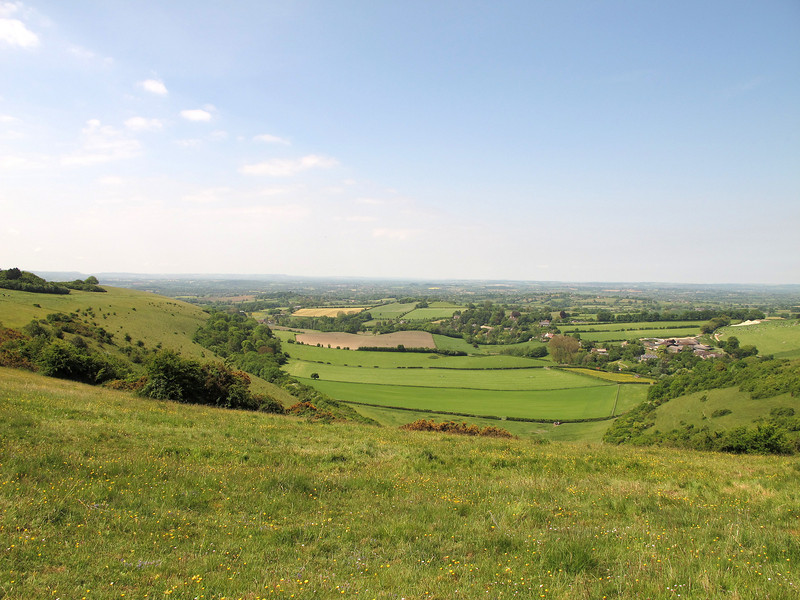 Compton Abbas village and beyond to the West