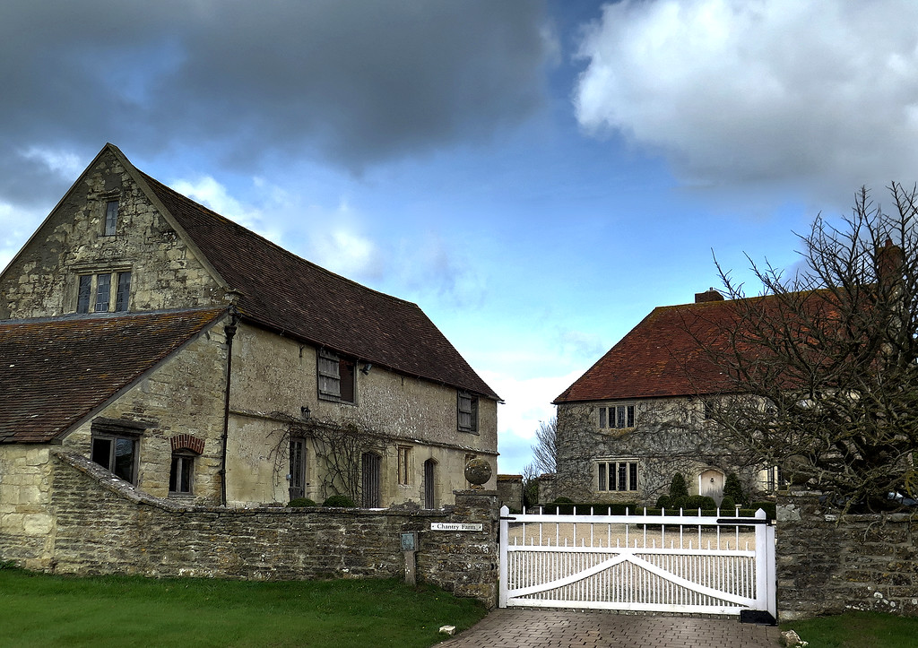 Old farm buildings at Chantry Farm.