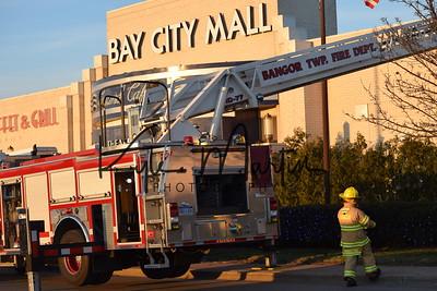 17 010317 BTFD Bay City Mall Fire