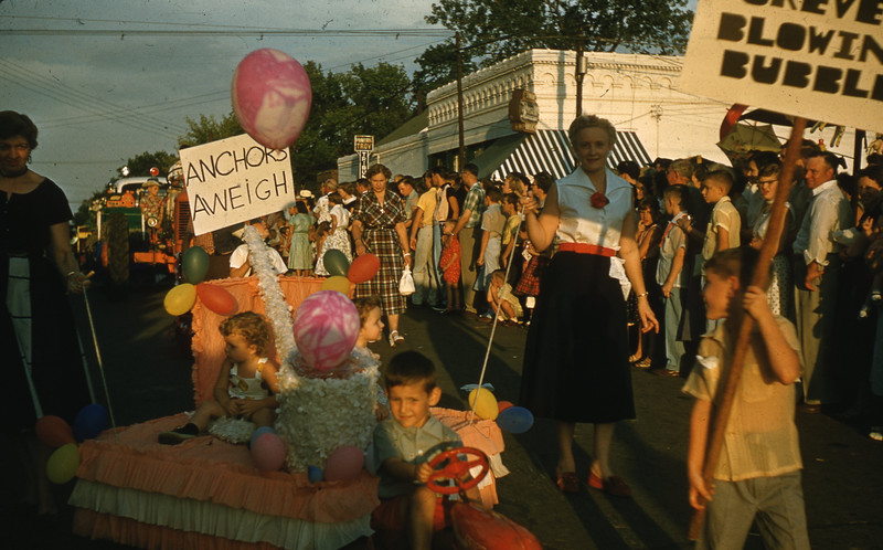 """I'm Forever Blowing Bubbles"" Float in Childrens Parade at 1956 Troy Homecoming Parade."