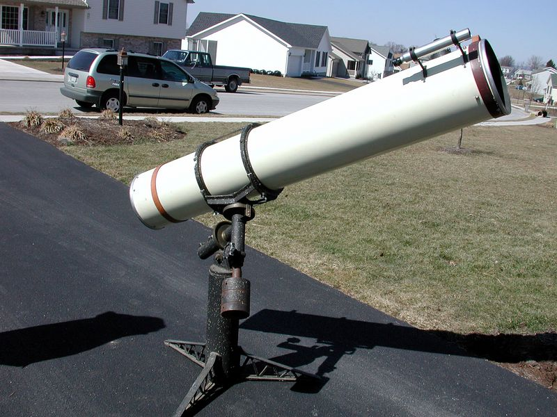This is my unrestored 1958 Cave 10 inch f - 7.2 Telescope. It features an original coatings mirror. The instrument has also the original finder scope and rack and pinion focuser. I and a friend made a 400 mile  round trip to the Gettysburg , PA area to obtain this wonderful instrument. The telescope has two leather bands with handles to help pick up the tube assembly, and place it into a wooden custom crate or box apparently made by the original owner!   If you have a Cave Telescope or questions about this telescope - I'd like to hear from you! E-mail me at:  alpaslow@yahoo.com