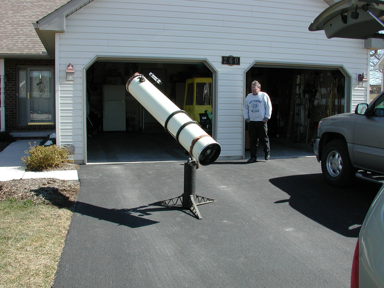 The telescopes 3 rd owner ? Mathmatican Dick Cooper of Gettysburg College shown in the picture; obtained this telescope from Mr. Wayne Miller in 2001. The story is Wayne obtained the telescope from his father  (Miller) who is alleged to be the telescopes original owner. The Millers lived on a farm in Littletown, PA which is 10 miles south of Gettysburg. Surely they must have enjoyed some beatiful nights on the farm with the dark skies of  the 50's !!