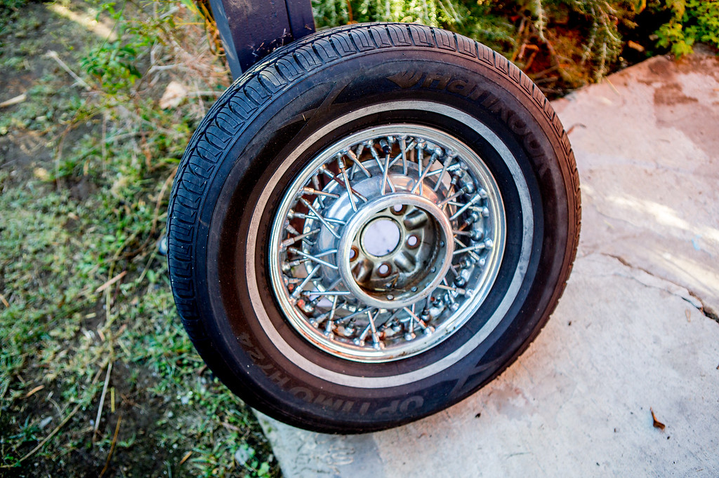 Spare tire (flat)