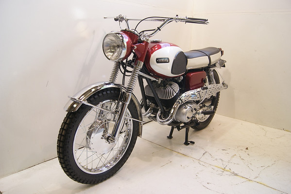 1967 Yamaha YDS3C Big Bear