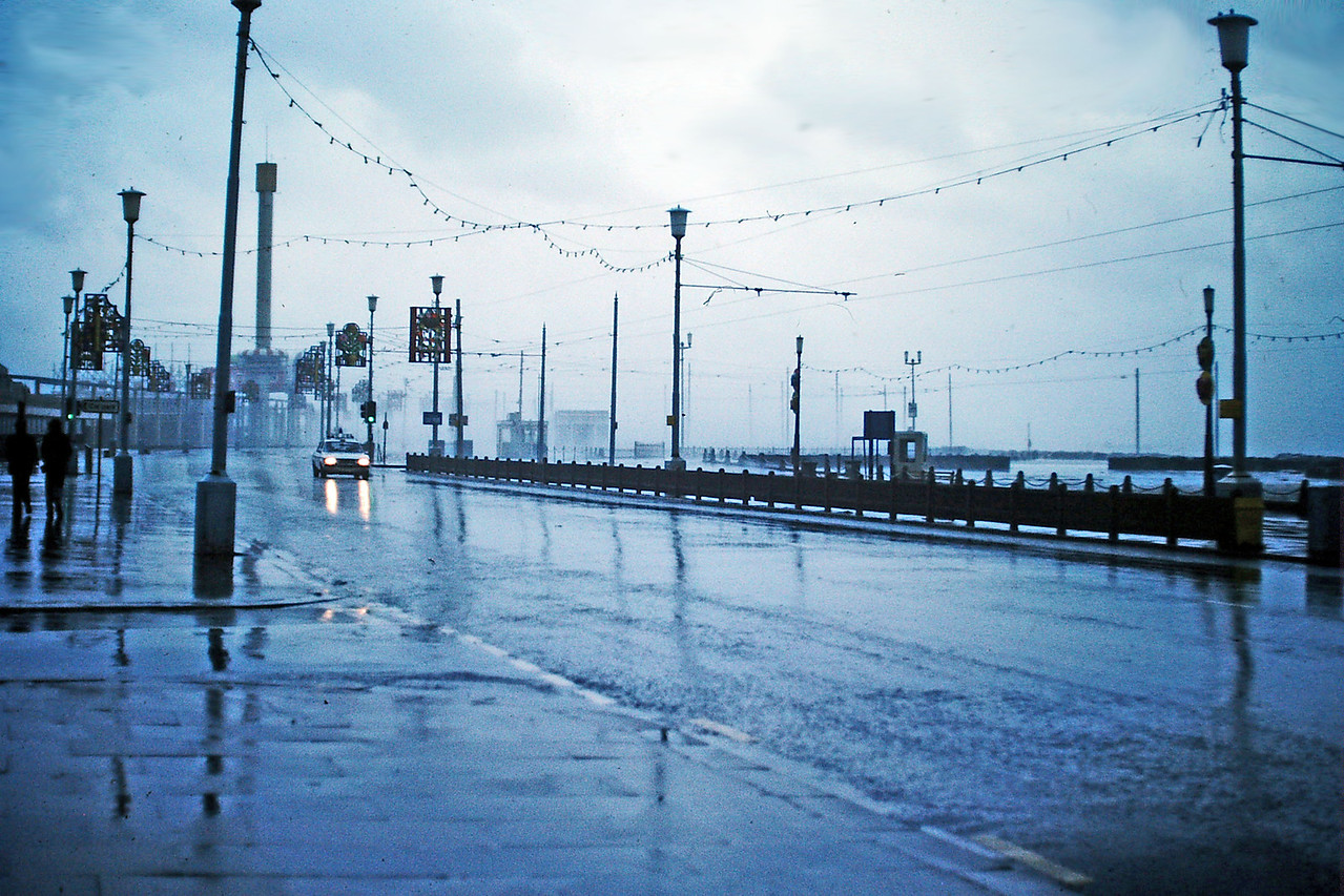 PICT1216 Blackpool storms 1977 SM