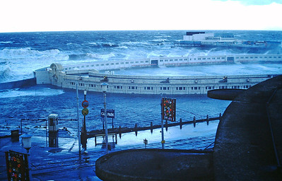 PICT1193 Blackpool storms 1977 SM