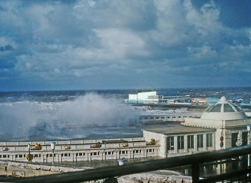 PICT1200 Blackpool storms 1977 SM