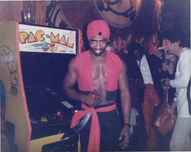 19851031 Halloween Party019