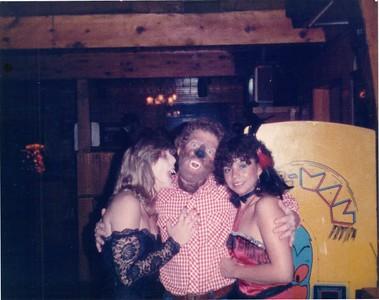 19851031 Halloween Party005