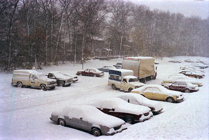 1987_Glen_Burnie_Snow - 05