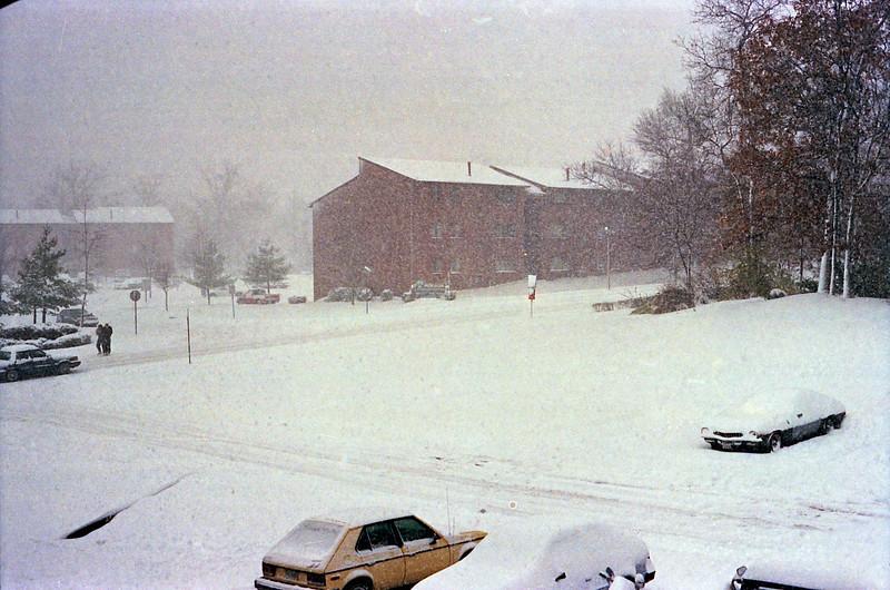 1987_Glen_Burnie_Snow - 02
