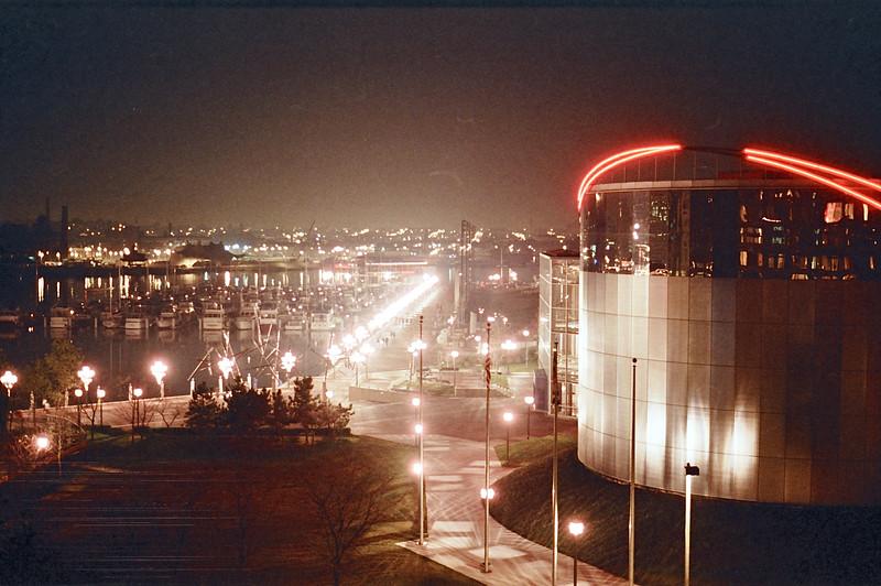 1988 Baltimore skyline - 07
