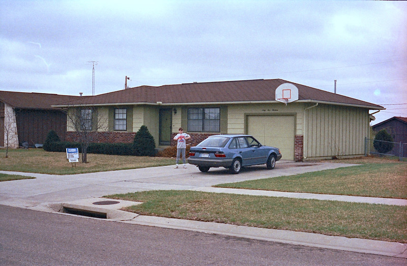 1989 Topeka, KS house hunting - 29