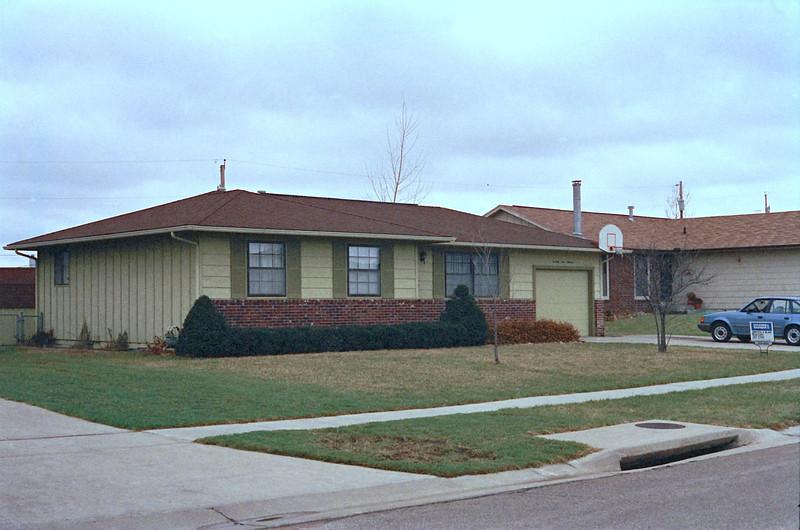 1989 Topeka, KS house hunting - 30