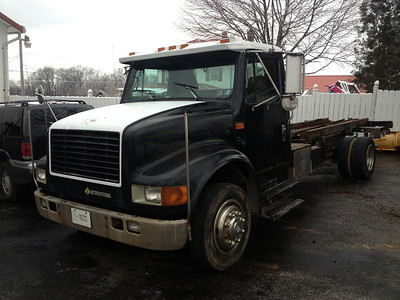 1993 International 4600 low pro rollback