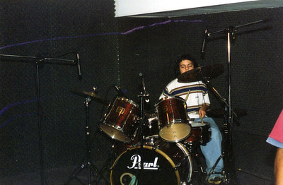 Andy Drumming - Fuerza Fija in the Studio