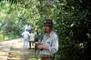 Argentinien : Parkwächter bei den Iguazu Wasserfällen / Argentina: guard  >  Cataratas del Iguazu / Argentina: guarda en Foz do Iguacu