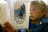 Chile : un nino lee el libro Robinson Crusoe del autor Daniel Defoe  / Chile: a boy reads Daniel Defoe's Robinson Crusoe / Chile: Ein Kind liest das Buch Robinson Crusoe des Autors Daniel Defoe.  (R12)<br /> © Patrick Lüthy/LATINPHOTO.org