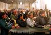 """Argentina - Buenos Aires (06-2002) : Junio 2002 .  En el Nodo llamado """"El Galpon"""" ubicado en el  barrio de Once, la espera en filas es una constante para adquirir productos o servicios / Argentina - Buenos Aires: In the exchange node """"El Galpon"""" the long queues in order to aquire services and products are very typicall / Argentinen - Buenos Aires: Austausch. <br /> © Alberto Raggio/Betha/LATINPHOTO.org"""