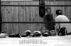 Chile  : MARTIN VARGAS , EX CAMPEON NACIONAL DE BOXEO, IMPARTE SUS CONOCIMIENTOS A JOVENES QUE DESEAN SER BOXEADORES  / Chile : boxing / Chile : Boxen.  (B/W)<br /> © Claudio Santana/LATINPHOTO.org<br /> ()