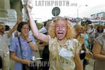 Argentina - Buenos Aires (25.1.2002) :  fotos: CACEROLAZO para que renuncie la Suprema Corte de Justicia en los Tribunales de plaza Lavalle el 25 de enero. / CACEROLAZO against the supreme c ...
