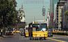 Chile - Santiago :  Panoramica de Santiago. frafico publico. colectivo. / Chile: bus. traffic public. / Chile: Oeffentlicher Verkehr. Autobus. Strasse.  ©  Emiliano Thibaut/LATINPHOTO.org