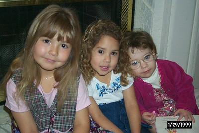 Nika, Alexis, & Natalia being cute