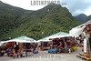 Peru : Aguas . venta de recuerdas. / Peru: Aguas. / Peru: Aguas. Handwerk. Tourusmus. Verkauf von Souvenirs. © Claus Possberg/LATINPHOTO.org