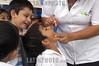 Mexico: Campanas de vacunacion del Gobierno de Quintana Roo , Mexico . / Mexico: Children. doctor. / Mexiko: Medizinische Untersuchung. Kinder. Arzt. ©  Rolando Cordoba/LATINPHOTO.org