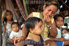 Brasil-Amazonia:  Miembros de la tribu Deni en el Rio Amazonas , Agosto 2003 .  Familias. Ninos. Chicos. Mujer con ninos. Hamacas.  /Brazil-Amazonia: Indigenous from the Deni tribe at Amazonas River, August 2003. Beach. Sand.Woman. Houses. Huts. Food. Mother and Child. Hammocks.  / Brasilien :   Eingeboren am Amazonas Fluss. (DIGITAL IMAGE) <br /> © Angelo Lucas/LATINPHOTO.org
